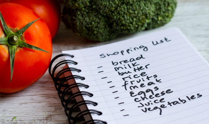 Grocery list with vegetables